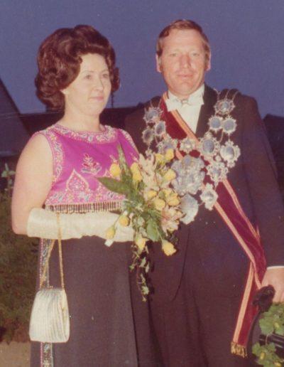 1974 – Heinrich VII. (Hintzen) und Königin Maria